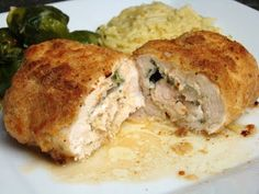 Krista's Kitchen: Chicken Kiev