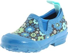 Bogs rain shoes for kids....I love these! Much better than bulky boots and stylish too!   #tween #girl #clothing #raingear