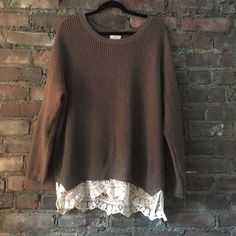 Thick sweater with lace Thick and long sweater with lace bottom and scoop neck- perfect condition Urban Outfitters Sweaters Crew & Scoop Necks