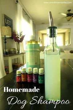 Best DIY Projects: How to make easy homemade dog shampoo. Can be helpful for dry skin, allergies and fleas #dog #DIY #essentialoils