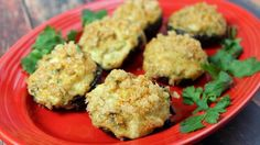 Check out this Keto friendly crab stuffed mushrooms recipe! They are a great addition to your Keto diet and they're super yummy. So good they won a blue ribbon. Keto Foods, Keto Recipes, Cooking Recipes, Ketogenic Recipes, Keto Snacks, Diabetic Recipes, Easy Recipes, Healthy Recipes, Crab Stuffed Mushrooms