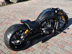 Very nice V-Rod Harley-Davidson VRSCDX Supercharged as a ultra cafe racer Harley Davidson Night Rod, Motos Harley Davidson, Night Rod Special, Vrod Custom, Custom Harleys, Custom Street Bikes, Custom Bikes, Moto Bike, Motorcycle Bike