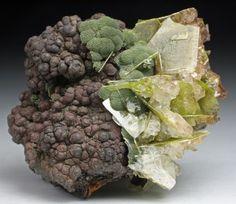 Wulfenite, Duftite and Mimetite on Limonite matrix - Mexico