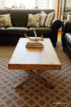 coffee table & antlers!