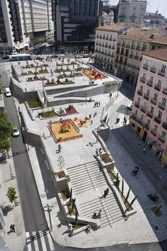 Plaza de Santo Domingo, Madrid. Click image for description and images, and visit the Slow Ottawa 'Plaza' board for more people-friendly public spaces.