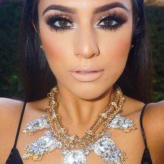 """This beauty @deelishdeanna ❤️❤️❤️ wearing @shophudabeauty lashes in Samantha """