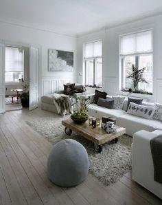 Appartment Copenhagen. Stylist Eva-Marie Wilken, Hanne Berzant, foto Martin Sølyst
