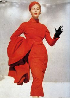 Fiona Campbell-Walter in Dior's 'Red Pepper' outfit of a fine silky woollen. Photo by Frances McLaughlin-Gill, 1953.