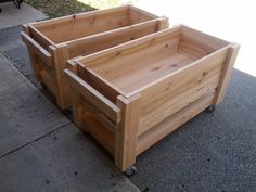 DIY raised planter boxes on wheels