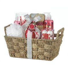 #AppleSpiceSpa Set Warm cinnamon and spiced apples will soothe your body and delight your senses. This beautiful grass basket comes filled with shower gel, body lotion, body mist, body scrub, fizzer, puff, and sisal sponge. $39.95 FREE Shipping! http://www.ezhomeshop.com/apple-spice-spa-set