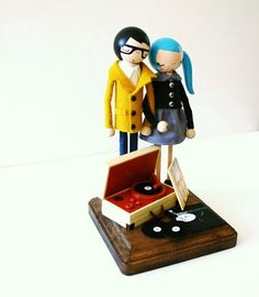 Hipster dolls, complete with record player Vinyl Toys, Vinyl Records, Radios, Wedding Cake Toppers, Wedding Cakes, Mixer, Portable Record Player, You Loose, Record Players
