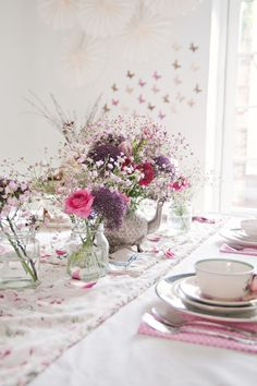 Fairies and Pixie Dust Table Setting from A Subtle Revelry/Traveling Mama