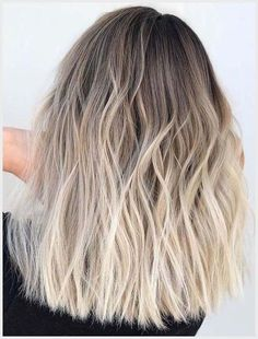 Best Hair Dye Ideas For Women 2019 , Some women like to change hair dye ideas an. Best Hair Dye Id Hair Color Highlights, Hair Color Balayage, Haircolor, Balyage Hair, Blonde Hair Inspiration, Blonde Hair Looks, Dye Hair Blonde, Blonde Ombre Hair Medium, Dark Roots Blonde Hair Balayage