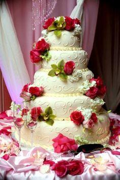 Artificial or Fake Wedding Cake - For the Budget Consicious Bride