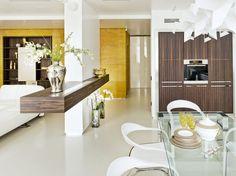 Stunning Luxury Apartment in Moscow by Alexey Nikolashina