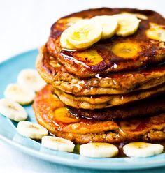 peanut butter banana oat pancakes. vegan!