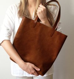 Molly Chestnut Simple Shopper,  Brown Leather Tote, Market bag, Leather tote, Medium bag, Messanger on Etsy, $265.56
