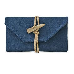 Pochette Blu Laguna by Land and Sea