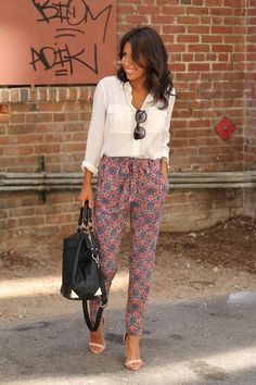 I love that these aren't super tight leggings or skinny jeans and still look totally stylish and sophisticated!!!   patterned pants + basic top.