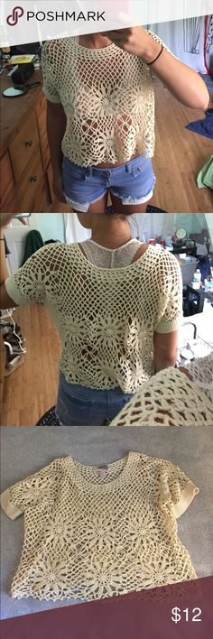 Crochet Tee In great condition! Super cute as a coverup or over a bralette! Forever 21 Tops