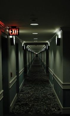 Räume - Flur Hallway - aisle Landscaping Ideas for Your Home o what is home landscaping really all a Story Inspiration, Writing Inspiration, Scary, Creepy, Neon Licht, Foto Art, Dieselpunk, Motel, Writing Prompts