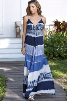 Robe longue Différentes Robes, Maxi Robes, Tie And Dye, Les Plus Belles  Robes 238f6e85fe9b