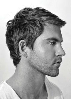 coiffure pour homme tendance - coupe classique et élégante
