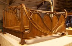 In many ways, Art Nouveau was a result of the Industrial Revolution, and was created and driven by a wave of dynamic new designers and artists. Art Nouveau Bedroom, Art Nouveau Furniture, Art Nouveau Design, Art Deco, Jugendstil Design, Australian Art, Industrial Revolution, Woodworking Furniture, Bed Furniture