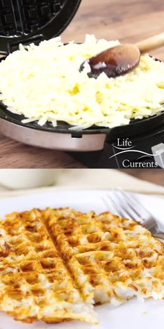 Waffle Iron Hash Browns - These are super crispy and browned on the outside, wi. - Waffle Iron Hash Browns – These are super crispy and browned on the outside, with just a bit of s - Hashbrown Waffles, Potato Waffles, Savory Waffles, Pancakes And Waffles, Cinnamon Bun Waffles, Cornbread Waffles, Homemade Waffles, Brunch Recipes, Cake