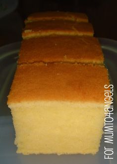 Mum to 4 Angels: Cream Cheese Butter Cake - half recipe n try Just Desserts, Delicious Desserts, Yummy Food, Baking Recipes, Cake Recipes, Dessert Recipes, Baking Pan, Pie Cake, No Bake Cake