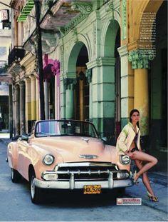 'Havana Summer' Sara Sampaio by Xavi Gordo for Elle Spain June 2012 [Editorial] Sara Sampaio, Cuban Cars, Sites Touristiques, Havana Nights, Cuba Travel, Mario Testino, Havana Cuba, Us Cars, Oeuvre D'art