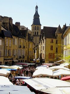 Market Day in Sarlat - Dordogne, France