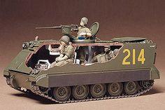 35040 U. Model Tank Kits, Model Tanks, Plastic Model Kits, Plastic Models, Bradley Ifv, Patton Tank, Army Medic, Fuel Truck, Revell Monogram