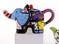 Elephant Teapot in a Vibrant Mix of Pop Art Colour by Romero Britto♥❤♥