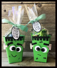 Hello overyone! One of my biggest sellers this year was the cute Popcorn Boxes I dressed up for Halloween.           The ...