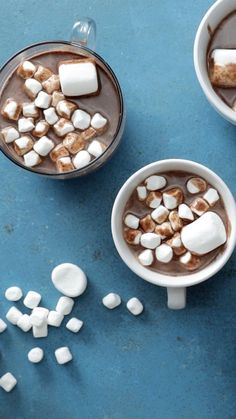 7 Hot Chocolate Hacks - Tastemade - 7 Hot Chocolate Hacks From ice cream floats to gorgeous decorations and even a little vino, there are numerous ways to make your hot chocolate fancy AF. Yummy Drinks, Delicious Desserts, Dessert Recipes, Yummy Food, Tasty, Snacks Recipes, Hot Chocolate Recipes, Chocolate Videos, Homemade Chocolate