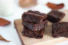 brownie-vegan-patate-douce2 250g de patate douce rôtie (prévoyez environ 500g de…