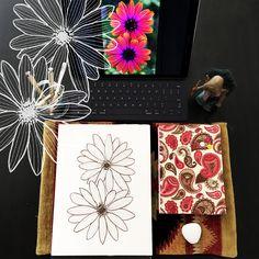 Day 7 #30ideas30days #illustration #flowers #blackandwhite #drawing #patternly.design#30ideias30dias #ilustração #flores #pretoebranco #desenhoobservacao #decolalab2016 #oficinaamandamol 