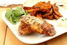 A badass, rich, garlic marinade for chicken breasts served with spicy jerk sweet potato wedges. This is a high protein winner! It's badass. Healthy High Protein Meals, High Protein Recipes, Protein Foods, Diet Recipes, Healthy Recipes, Eating Healthy, Potato Wedges Recipe, Sweet Potato Wedges, Chicken Diet Recipe