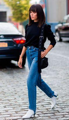New York Fashion Week Street Style Spring 2017 Street Style Chic, New York Fashion Week Street Style, Street Style Trends, Spring Street Style, Cool Street Fashion, Daily Fashion, Elle Fashion, Denim Fashion, Trendy Fashion