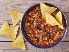 ground turkey taco stew, trail recipes, backpacking meals, backpacking dinner recipes A collection of hiking recipes and backpacking food ideas. Find quick and easy meal recipes for your next trail! Dehydrated Backpacking Meals, Backpacking Food, Dehydrated Food, Camping Meals, Camping Recipes, Camping Jokes, Kayak Camping, Camping Hacks, Ground Turkey Nutrition
