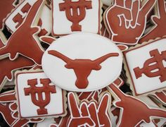 "Texas Longhorn Cookies \m/  note: for the hook 'em cookie, use ""I love you"" sign cookie cutter, w/o thumb"