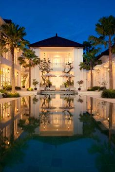 The Colony Hotel is an oasis of tranquil sophistication in the heart of buzzing Seminyak. #Indistay | Bali, Indonesia