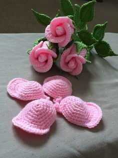 Most current Pic Crochet Flowers with stems Suggestions Small Stem Rose Crochet pattern by Natagor Finlayson Crochet Puff Flower, Crochet Flower Patterns, Crochet Flowers, Crochet Gifts, Easy Crochet, Crochet Hooks, Crochet Headbands, Crochet Beanie, Crochet Lace