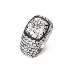 Hemmerle diamond ring in silver and white gold.