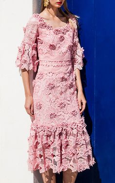 This **Costarellos** Ruffled Blossom Lace Midi Dress features a scoop neckline with embellished trim, elbow length sleeves, allover lace and embellished detail, and a midi length hemline with pleated detail. Robes Western, Western Dresses, Robes Midi, Lace Midi Dress, Lace Dresses, Short Dresses, Formal Dresses, Maxi Gowns, Kawaii Clothes