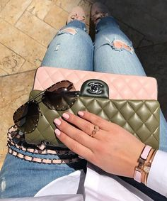 """1,305 Likes, 6 Comments - C H A N E L (@iiheartchanel) on Instagram: """"☀️ days  @my_f4shion_soul #iiheartchanel #chanel"""""""