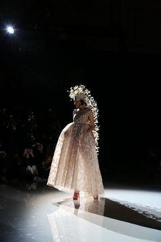 Isabel Zapardiez. Bridal Fashion Week 2017. Photo Luis Lau