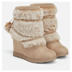 Justfab Booties Egritte (532.855 IDR) ❤ liked on Polyvore featuring shoes, boots, ankle booties, brown, justfab shoes, justfab boots, brown high heel boots, pom pom boots and high heel platform shoes
