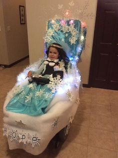 Frozen Wheelchair. Who wants to build a snowman. Shannon is driving her new Permobil C300/micro lite switch with a personal touch.